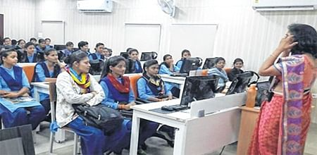 Ujjain: Workshop on problems of daughters organised