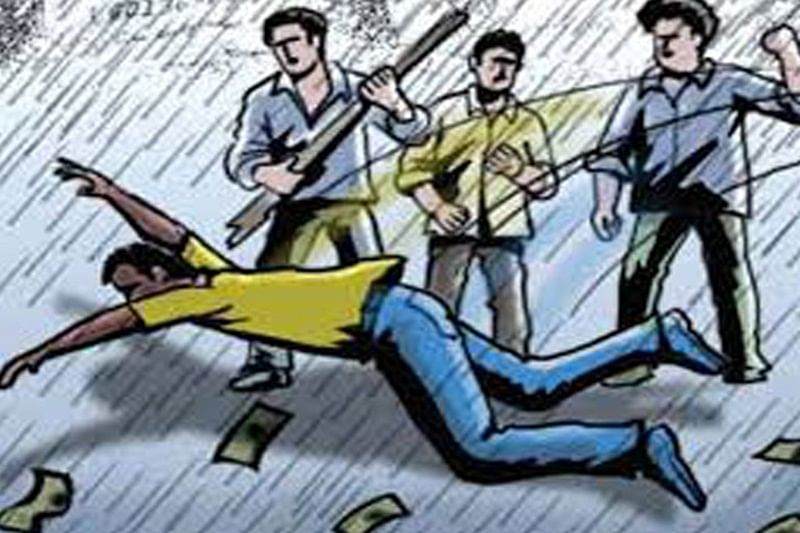 Mob thrashes temple manager for molesting minor girl in Haryana