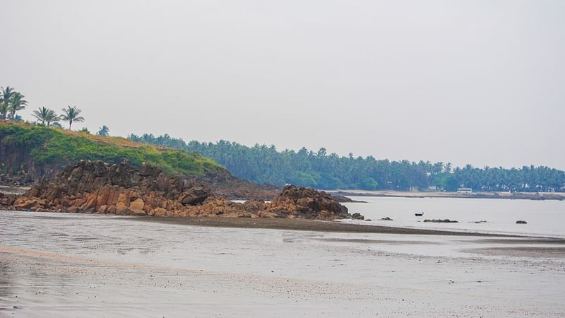Three drown in sea off Ganpatipule