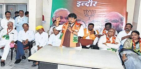 Congress failed to lure Indore district farmers, says Kailash Vijayvargiya