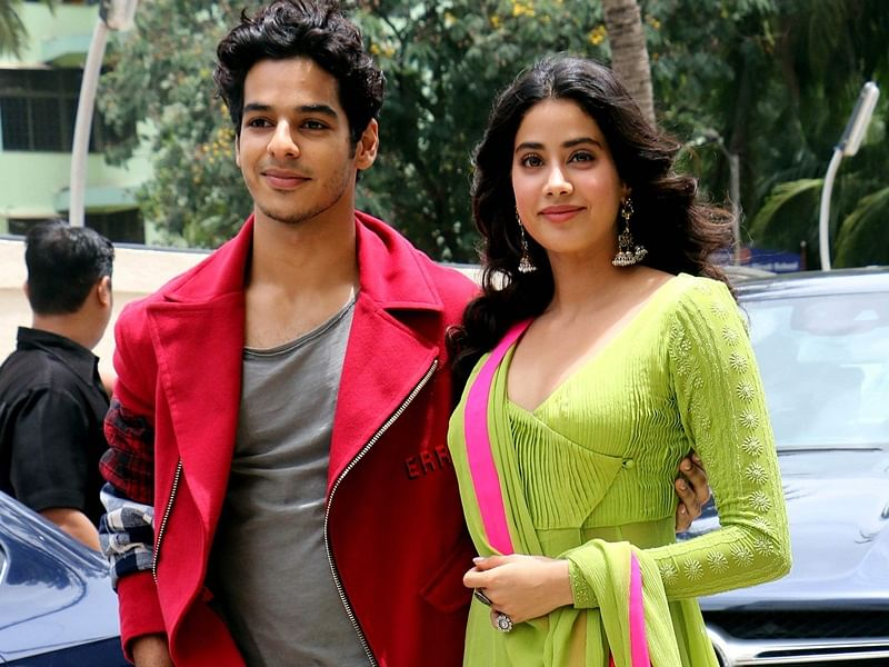 Dhadak: Janhvi Kapoor and Ishaan Khatter'can't get enough of inside jokes' in this latest BTS picture