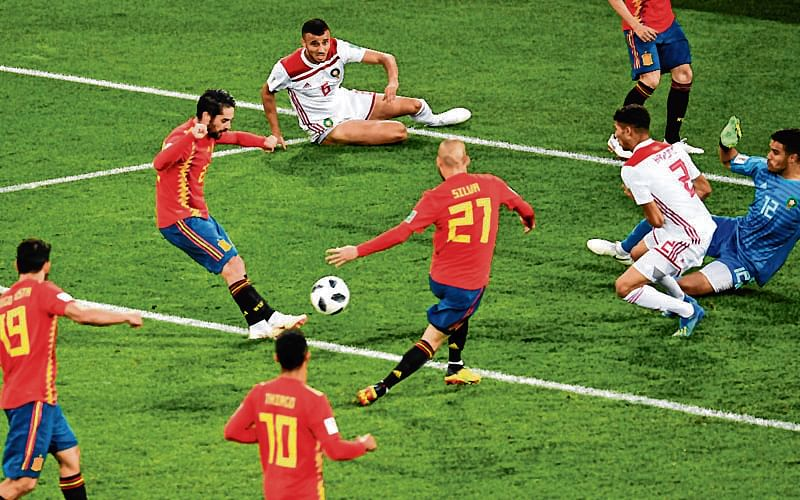 Spain face 'moment of truth', says Isco