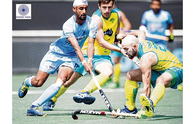 India suffer first defeat, lose 2-3 to Aussies