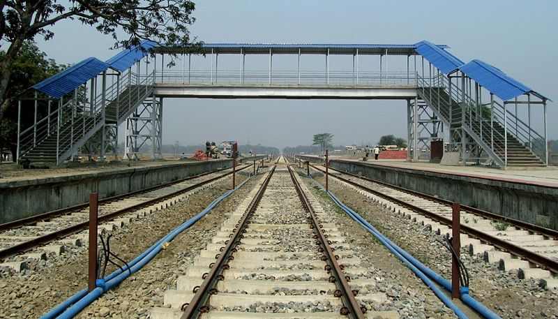 Mumbai: Matunga station foot over-bridge closed for public after cracks found