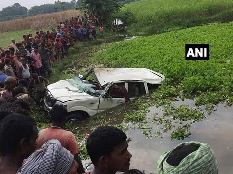 Bihar: 6 children die after car falls into pond in Ararriya