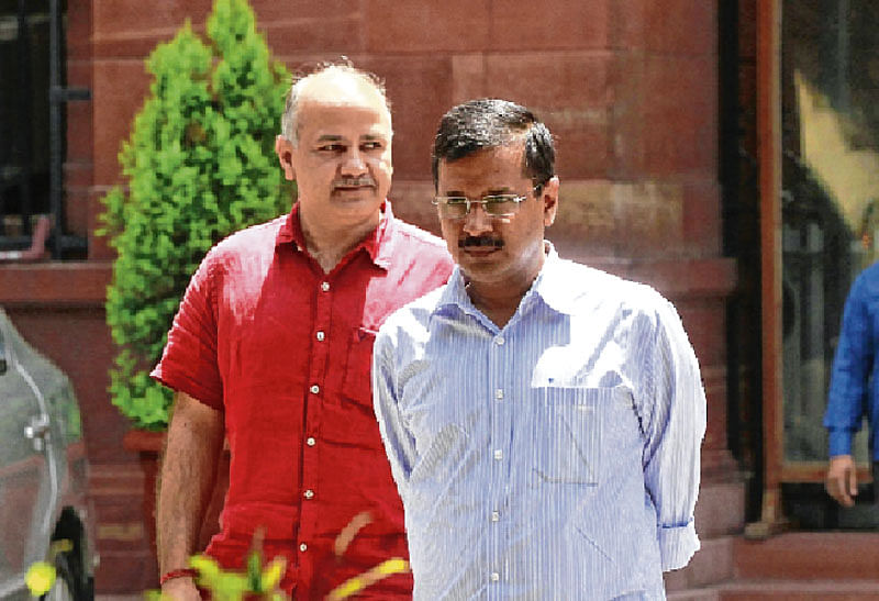 Arvind Kejriwal refuses to accept Ashutosh's resignation says, 'how can we ever accept your resignation?'