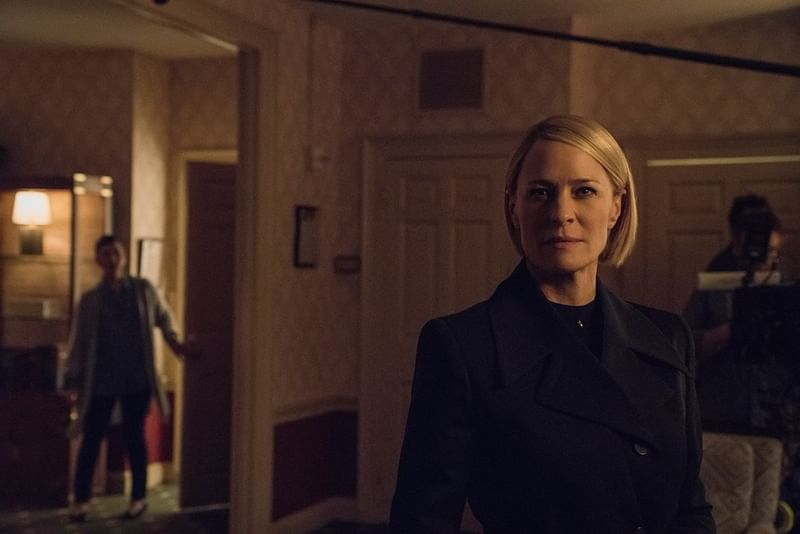 'House of Card' first looks shows Claire Underwood in Oval Office
