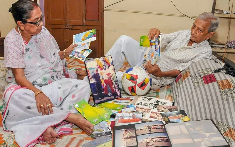 FIFA World Cup 2018: Football crazy Kolkata couple all set to watch 10th successive WC from stands!