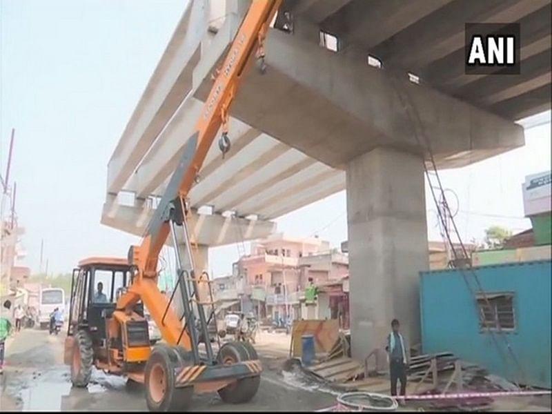 Uttar Pradesh: Under construction flyover railings collapse in Varanasi