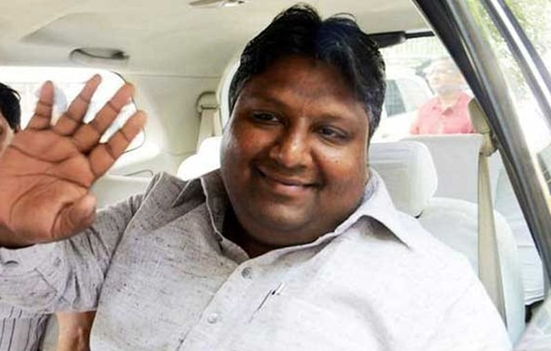 Delhi: Environment Minister Imran Hussain slaps defamation notice on BJP legislators, rebel AAP MLA Kapil Mishra