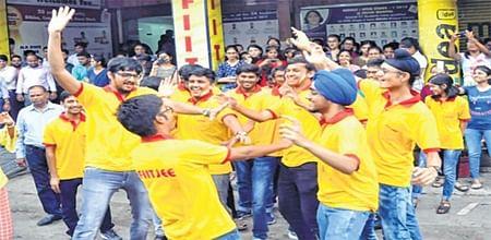 Bhopal: State aspirants crack JEE Advance with a bang