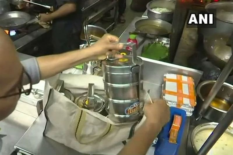 Maharashtra plastic ban: Pune-based Restaurant delivers food in steel lunch boxes
