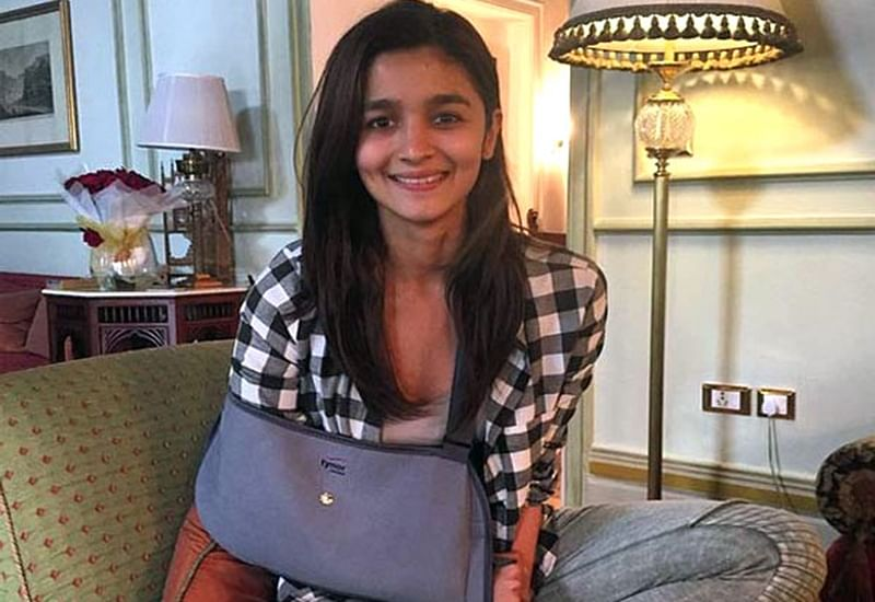 OMG! Alia Bhatt gets injured on the sets of Kalank