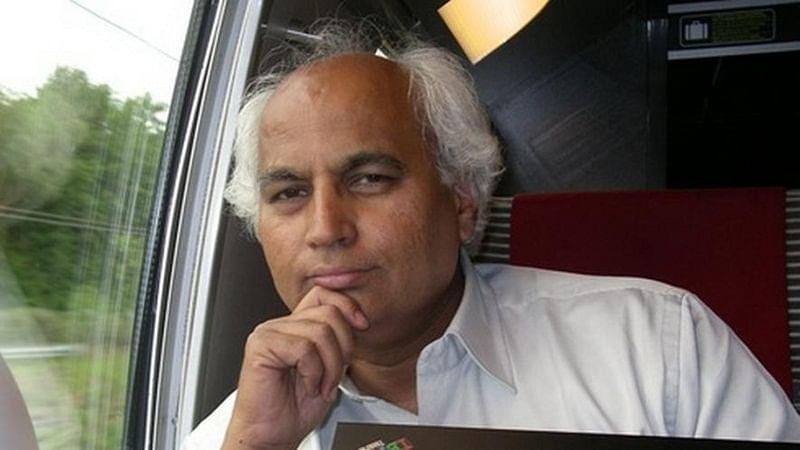 He was a star performer at CM conferences, says activist Sudheendra Kulkarni
