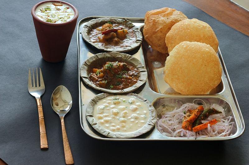 Mumbai Food Review! Delhi Delights in Mumbai