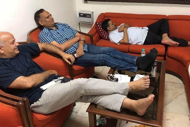 Delhi minister Satyendra Jain begins hunger strike as CM Arvind Kejriwal, others 'wait' to meet L-G