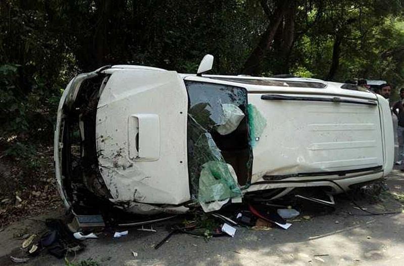 Delhi: 1 killed, 1 injured as Fortuner SUV overturned