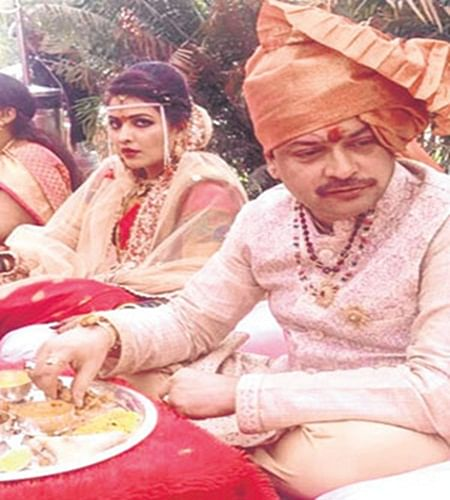 Indore: Politics over Bhaiyyu Maharaj's death, Congress demands CBI probe