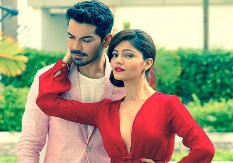 Rubina Dilaik and Abhinav Shukla are made for each other, this engagement picture is a proof
