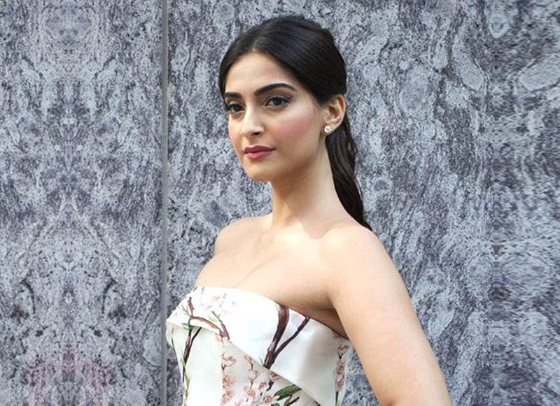 "Sanju: ""I was very keen to do a Rajkumar Hirani film"", says Sonam Kapoor"