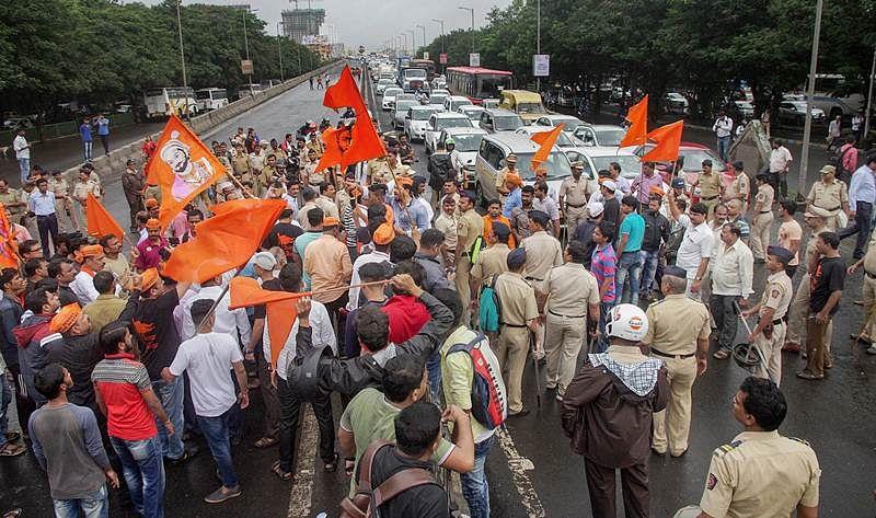 SC refuses to give interim order on Maratha Quota