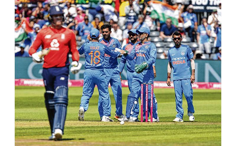 Kohli may bat at No. 4, India start as favourites