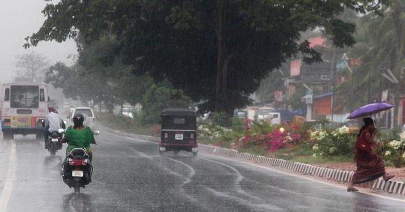 Kerela rains: Rail, road traffic hit, educational institutions in 8 districts shut