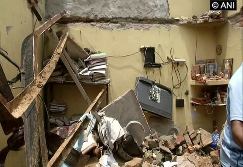 Delhi: Couple dead, three children injured as roof of a house collapses near Dwarka