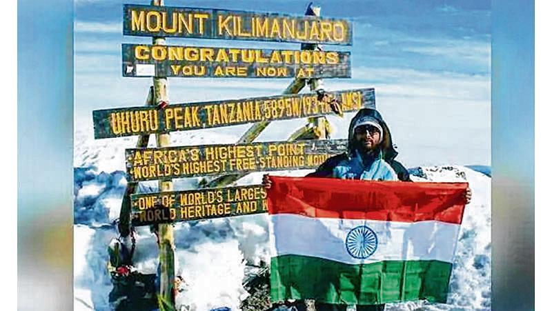 Telangana teen scales Mt Kilimanjaro