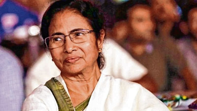 Mamata Banerjee backs K. Kanimozhi, says NaMo is harassing Opposition