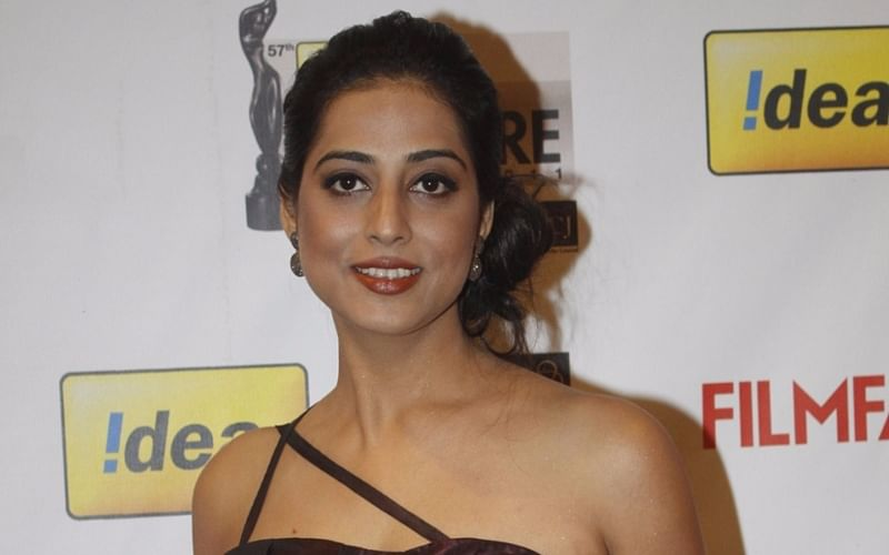 Oops! Mahie Gill regrets being a part of Salman Khan's 'Dabangg'; read what she said