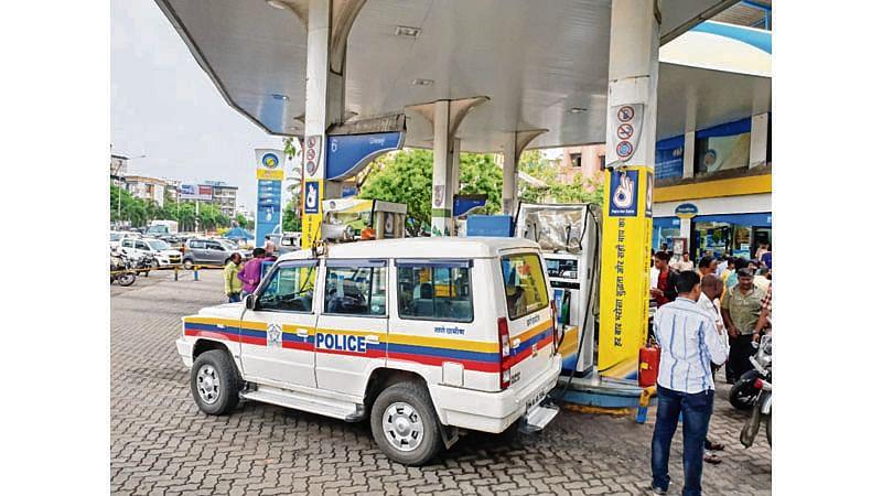 Mira Road petrol pump water mixed fuel sparks anger