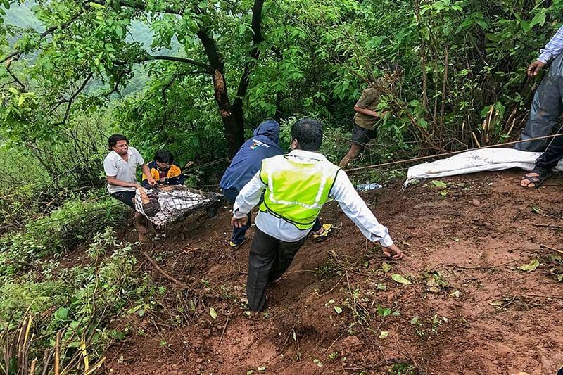 Maharashtra bus accident: Cops to question lone survivor