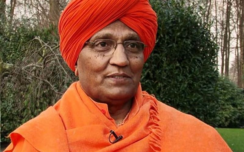 Swami Agnivesh roughed up after reaching BJP office to pay respects to Atal Bihari Vajpayee