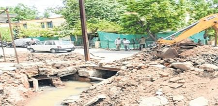 Ujjain: UMC removes encroachments from Panchampura area