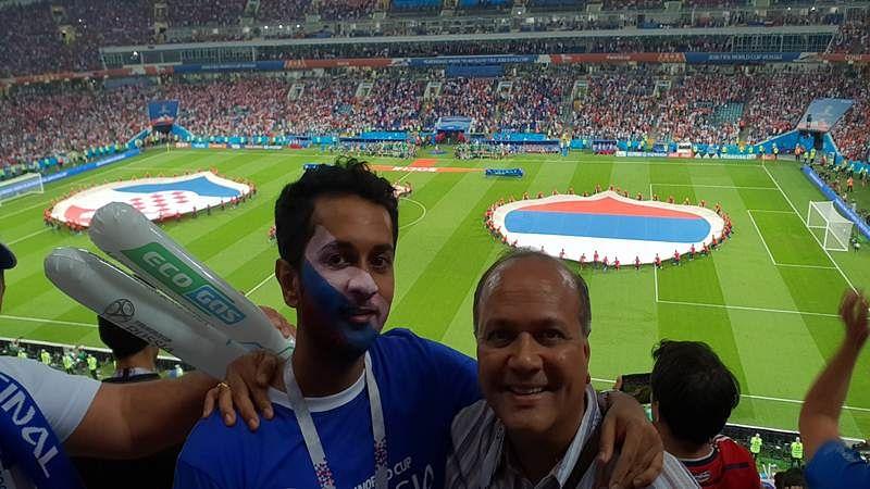 Ramesh Narayan with son