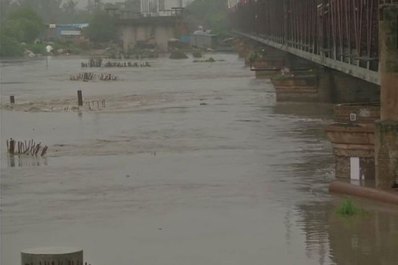 Yamuna river crosses danger level, Delhi government asks people living in low-lying areas to evacuate