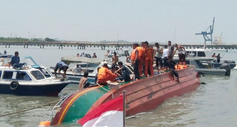 Boat capsizes in Ganga river in UP's Chandauli; 12 people missing