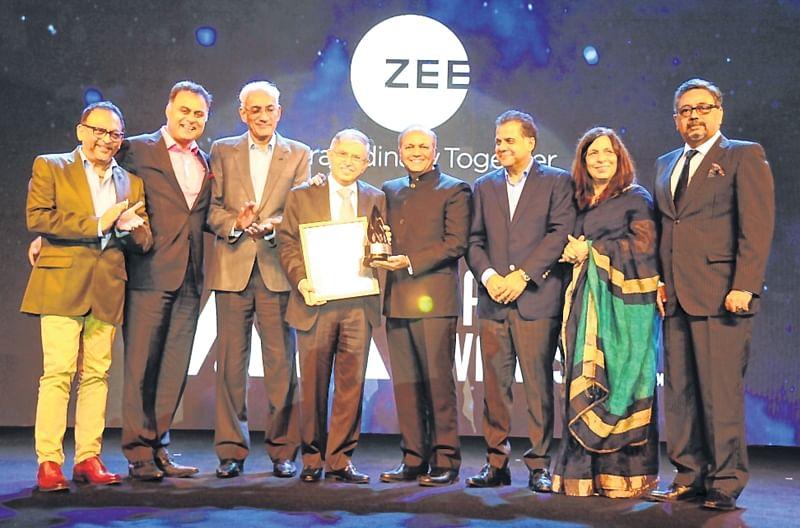 Ajay Piramal awarded IAA Business Leader 2018; Sam Balsara is 2018 IAA Hall of Fame inductee