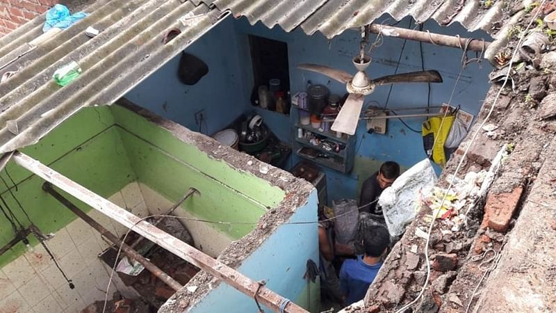 Thane wall collapse: 3-year-old boy and 2 others injured