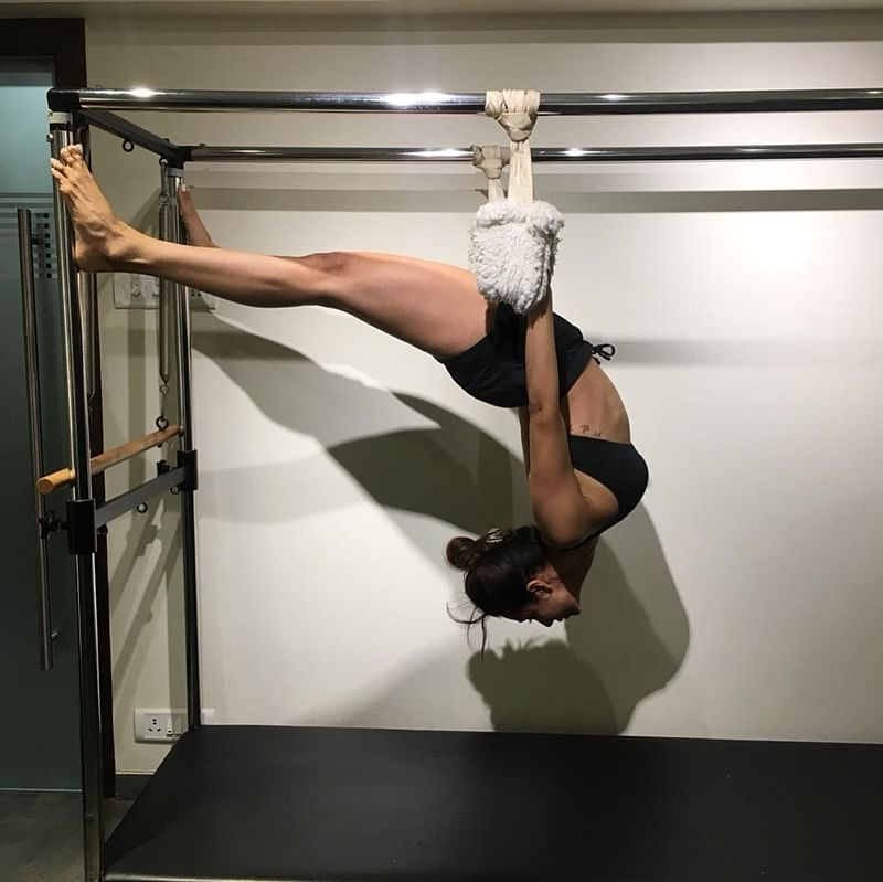 Fit Malaika Arora aces flexibility with a really difficult Pilates workout; Here's Proof