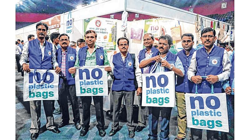 Mumbai Plastic Ban: City free of plastic, but suburbs free to use it?