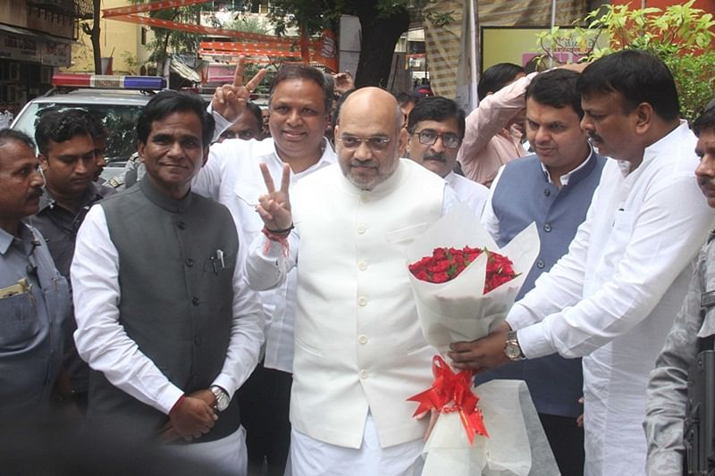BJP chief Amit Shah meets Maharashtra leaders, says prepare for contesting elections alone