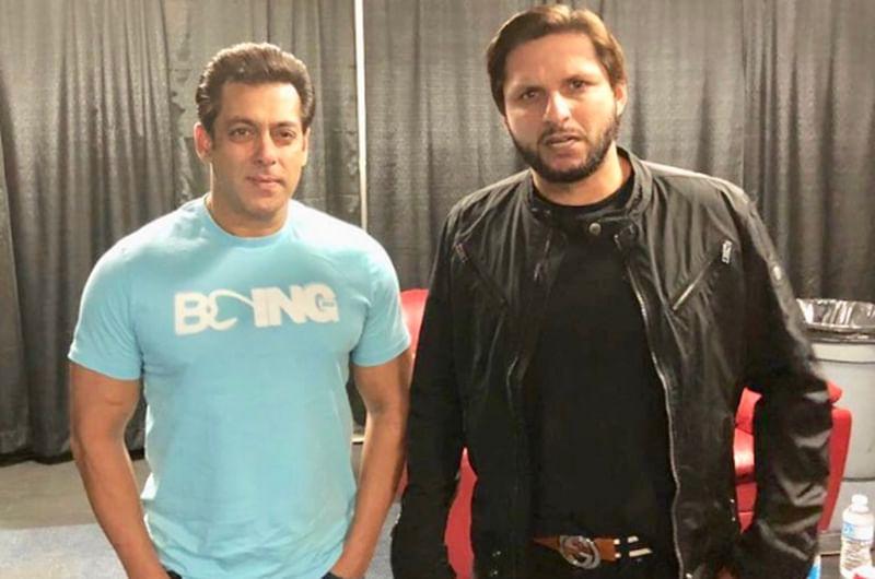 Dabangg tour: Salman Khan meets Shahid Afridi in Canada, and Twitterati like it