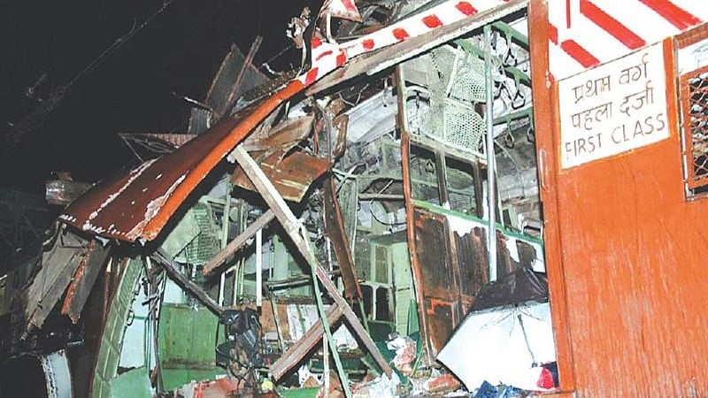 On This Day in History: July 11, 2006 – Series of bomb blasts in Mumbai local trains killed 147 and injured 439