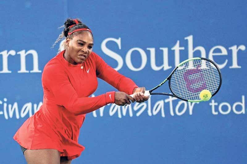 Serena Williams breezes past Daria Gavrilova; Pouille ousts Murray