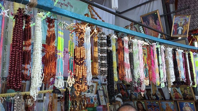 Bandra fair: Church Road stall auction gets lukewarm response