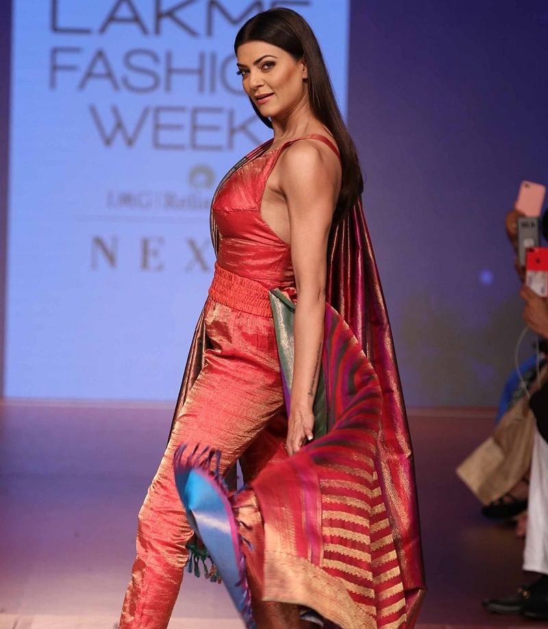 Sushmita Sen walk ramp for RMKV Silks Re-Crafting during Lakme Fashion Week Winter/Festive 2018 in Mumbai. Photo by BL SONI