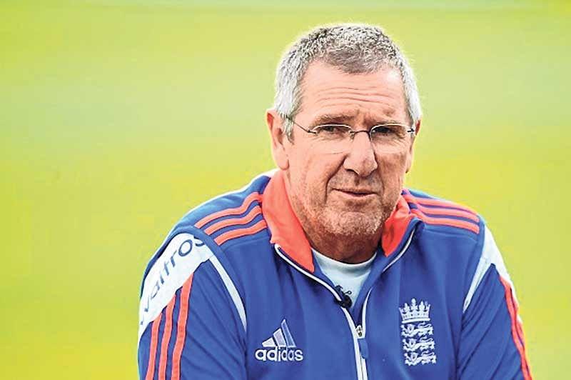 England coach Trevor Bayliss backs out-of-form Alastair Cook