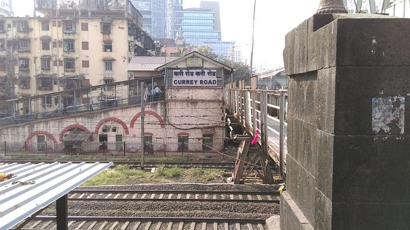 Mumbaikars, brace yourself! Central Railway is likely to shutdown Currey Road footpath